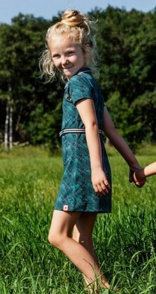 Kindermode 4funkyFlavours Sommer 2019 4funkyFlavours Kleid Fishes green #5020