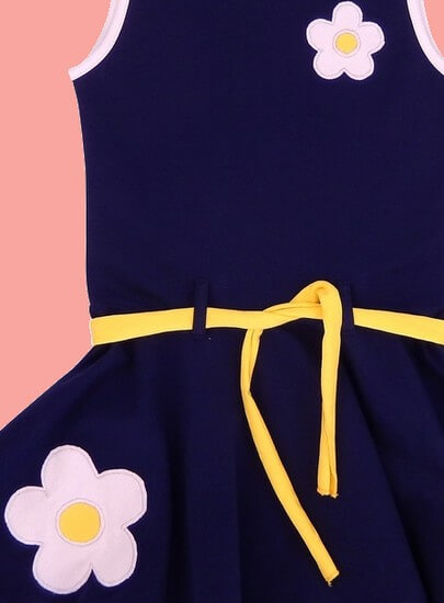 Kindermode Happy Nr.1 Sommer 2019 Happy Nr.1 Kleid Dancing Flowers darkblue #111