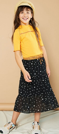 Nono T-Shirt Kyra yellow/orange #5408 mit Maxirock Nael dots antracite #5710 Sommer 2021